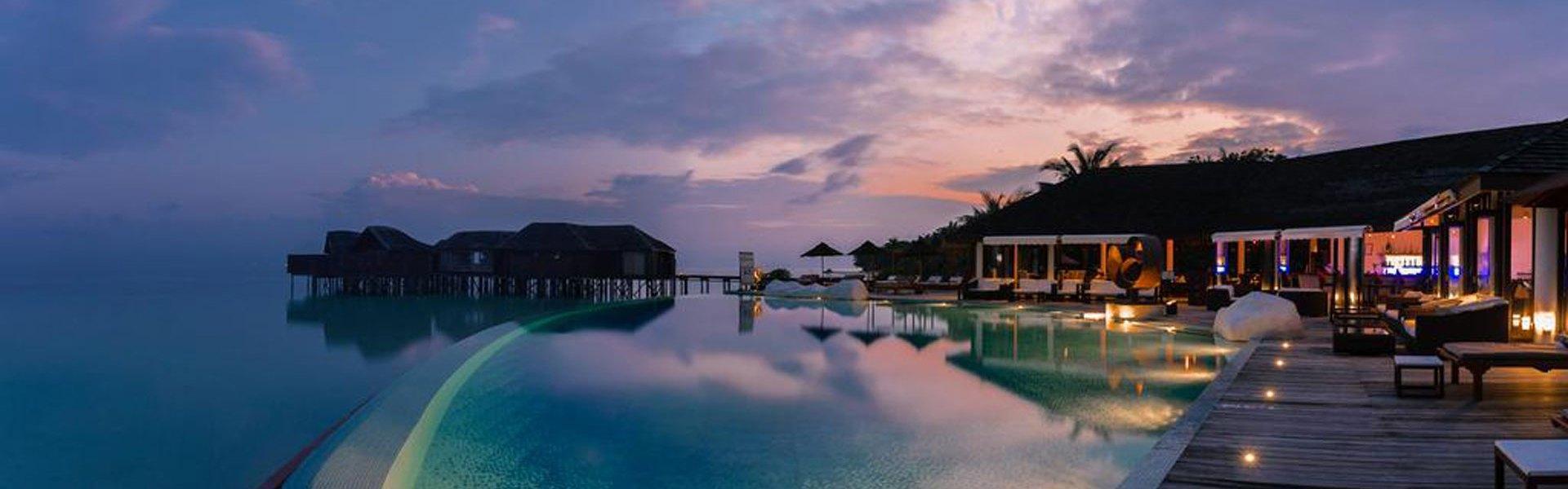 Lily Beach Resort & Spa (Maldív-szigeteki utazások)