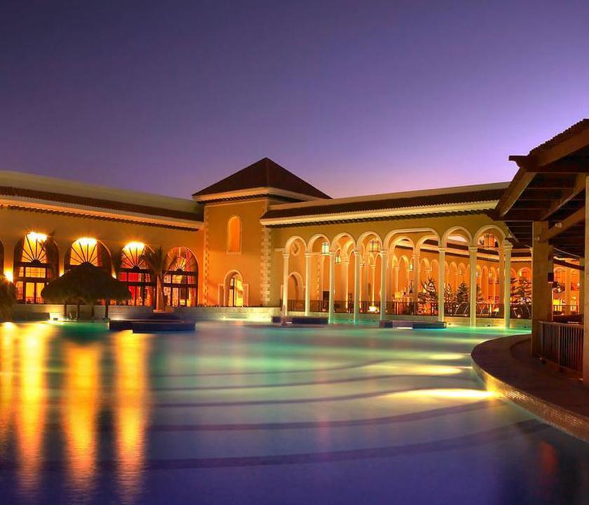 Paradisus Palma Real Golf & Spa Resort - a hotel este (Dominikai utazások)