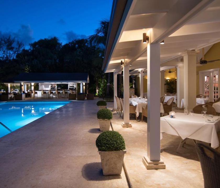 Tortuga Bay Puntacana Resort & Club - étterem este (Dominikai utazások)