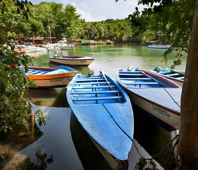 Amanera - kikötő (Dominikai utazások)