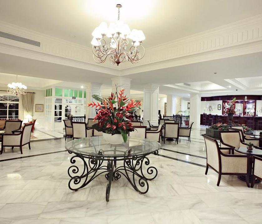 Luxury Bahia Principe Cayo Levantado - recepció (Dominikai utazások)