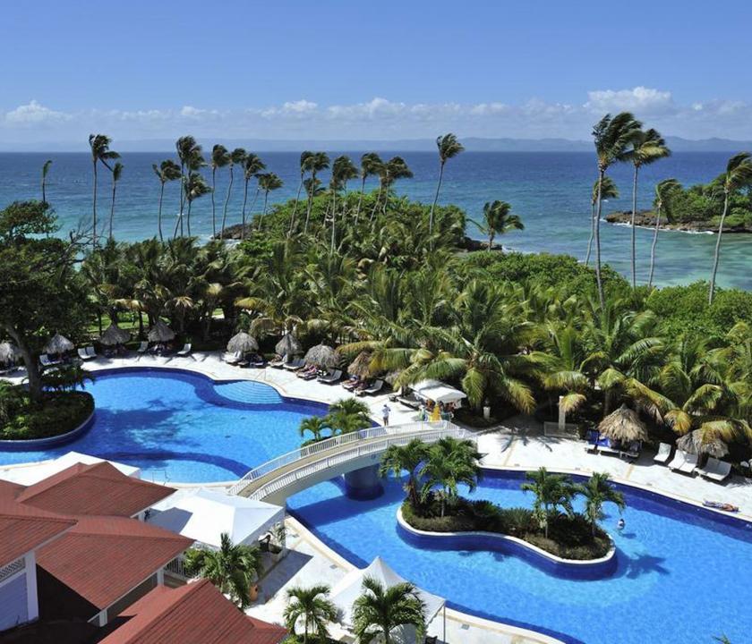 Luxury Bahia Principe Cayo Levantado - medence (Dominikai utazások)