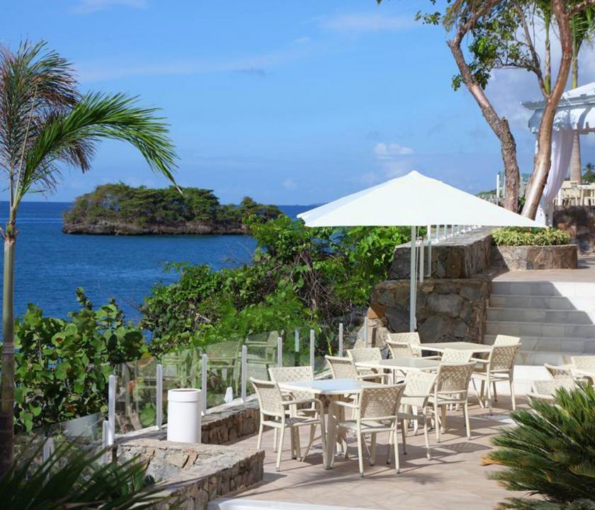 Luxury Bahia Principe Samana - terasz (Dominikai utazások)