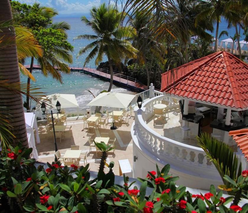 Luxury Bahia Principe Samana - étterem a teraszon (Dominikai utazások)