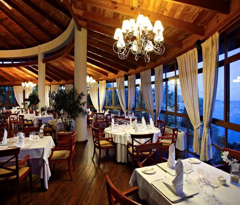 Grand Bahia Principe Cayacoa - étterem (Dominikai utazások)