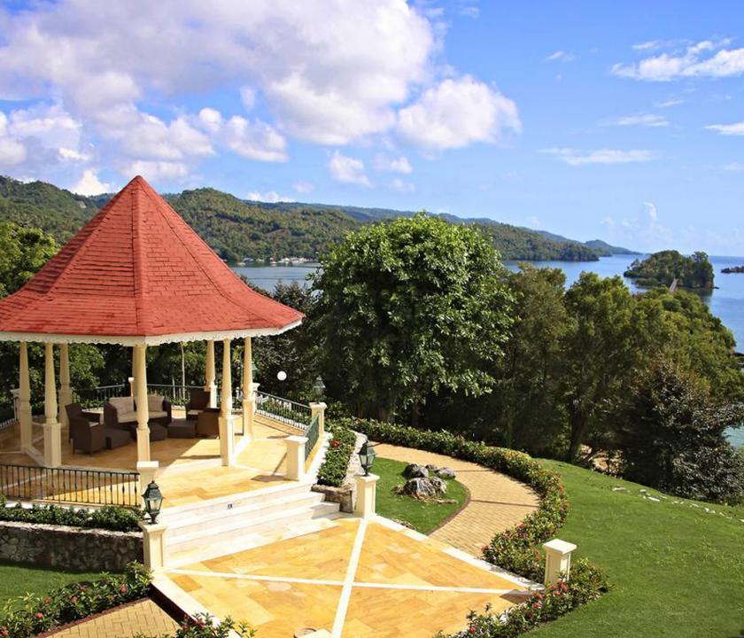 Grand Bahia Principe Cayacoa - kert (Dominikai utazások)