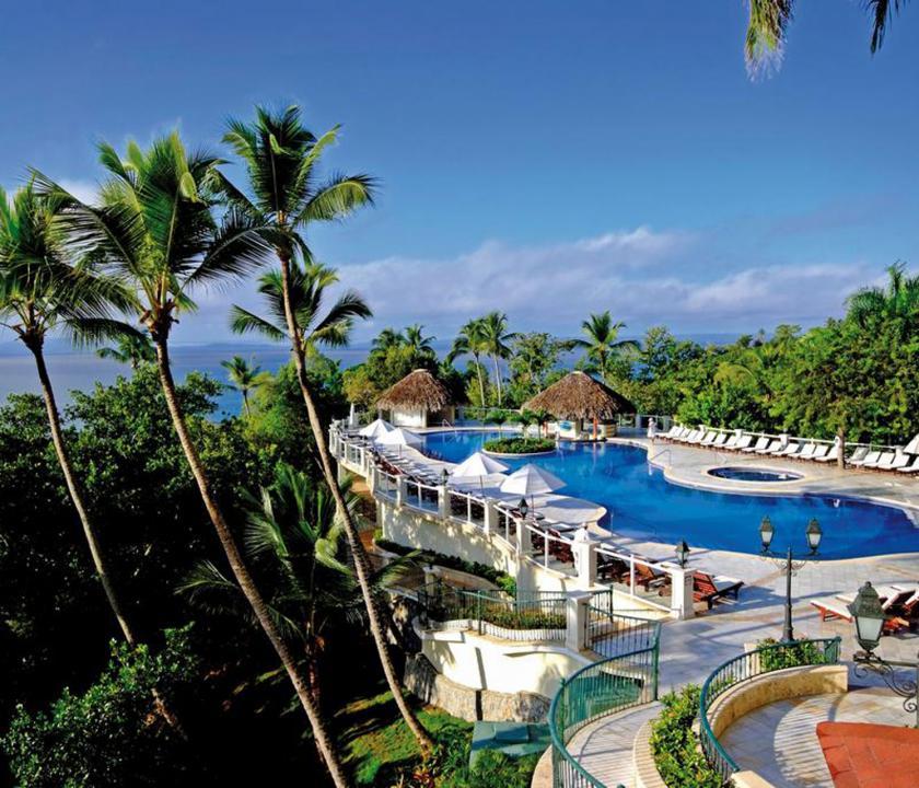 Grand Bahia Principe Cayacoa - medence (Dominikai utazások)