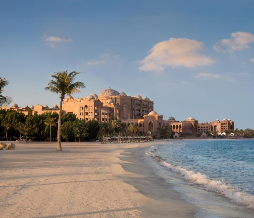 Emirates Palace - tengerpart (Dubai utazások)