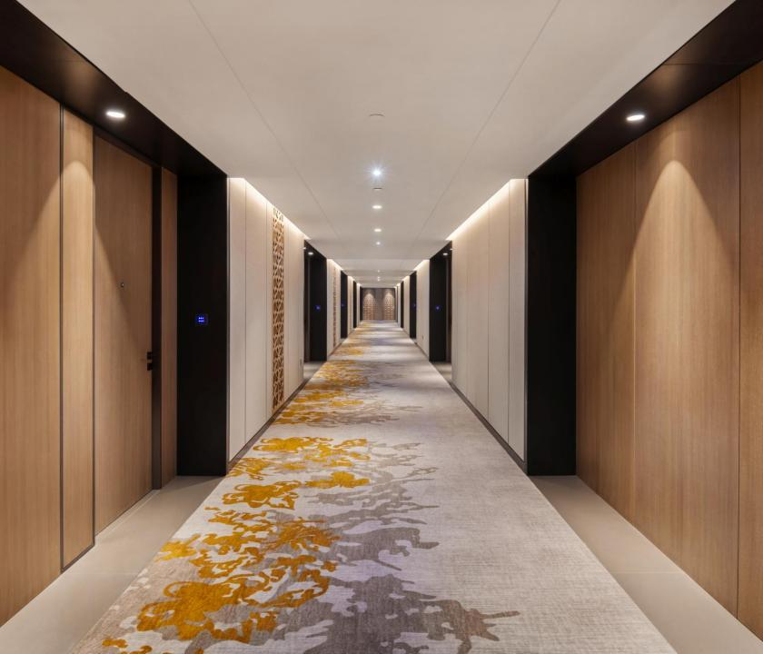 JA Lake View Hotel - folyosó (Dubai utazások)