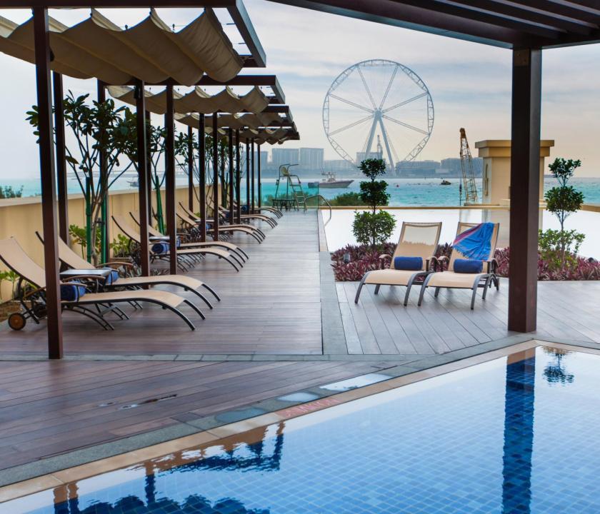 JA Ocean View Hotel - medence (Dubai utazások)