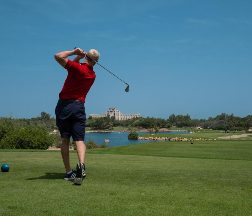 JA Palm Tree Court Hotel - golf (Dubai utazások)