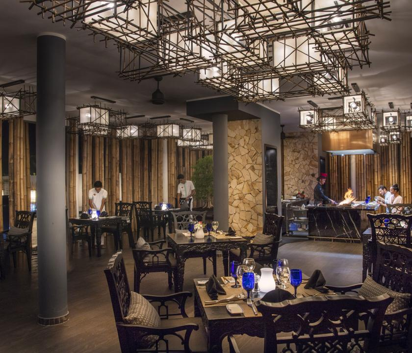 Emerald Maldives Resort & Spa - étterem (Maldív-szigeteki utazások)