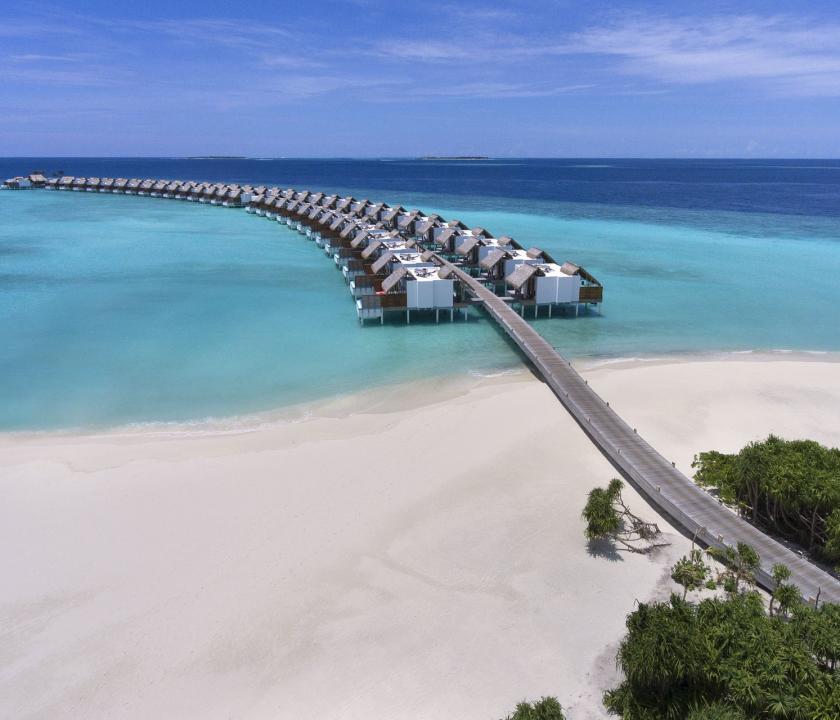 Emerald Maldives Resort & Spa - a villák felülről (Maldív-szigeteki utazások)