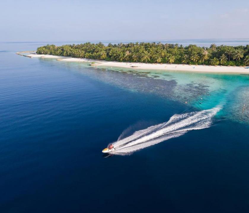 Lily Beach Resort & Spa - vízi sportok (Maldív-szigeteki utazások)