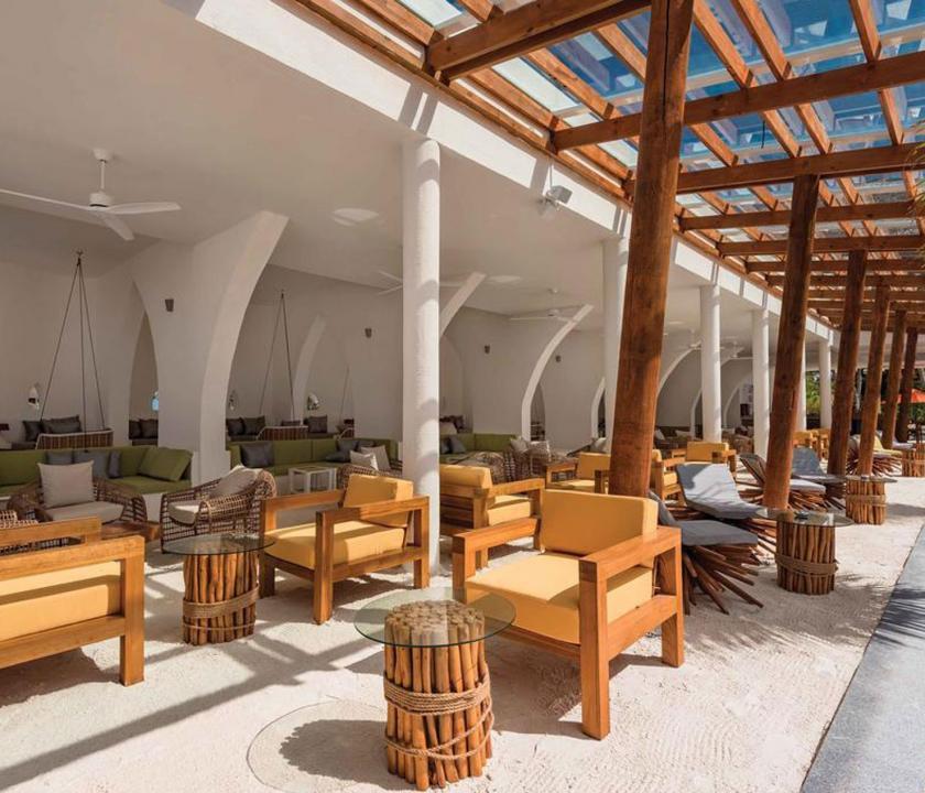 OBLU SELECT at Sangeli by Atmosphere - bár (Maldív-szigeteki utazások)
