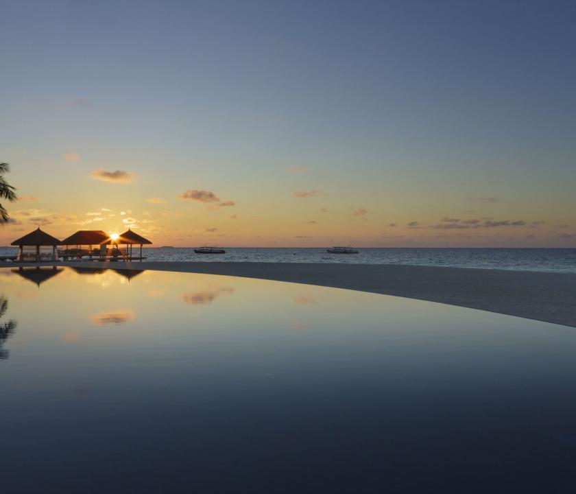 Velassaru Maldives - naplemente (Maldív-szigeteki utazások)