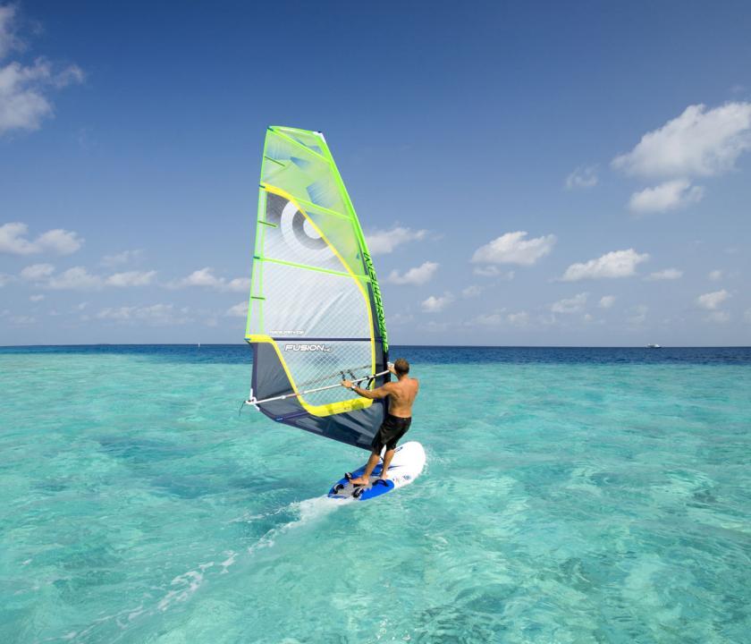 Velassaru Maldives - vizisport (Maldív-szigeteki utazások)
