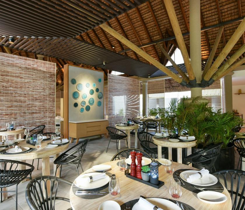 Canonnier Beachcomber Golf Resort & Spa - étterem (Mauritiusi utazások)