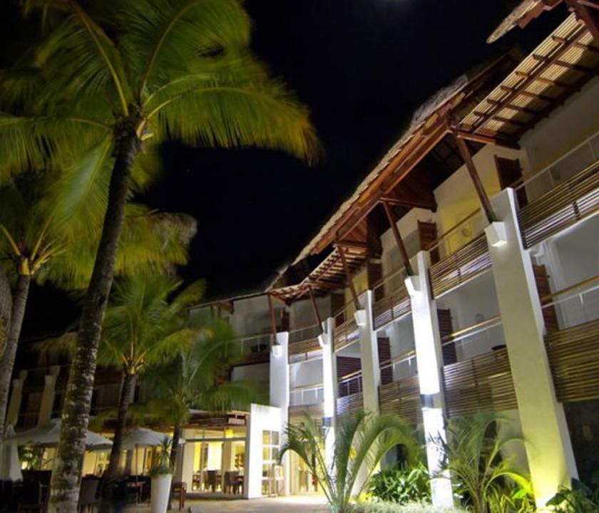 Laguna Beach Hotel & Spa - a hotel este (Mauritiusi utazások)