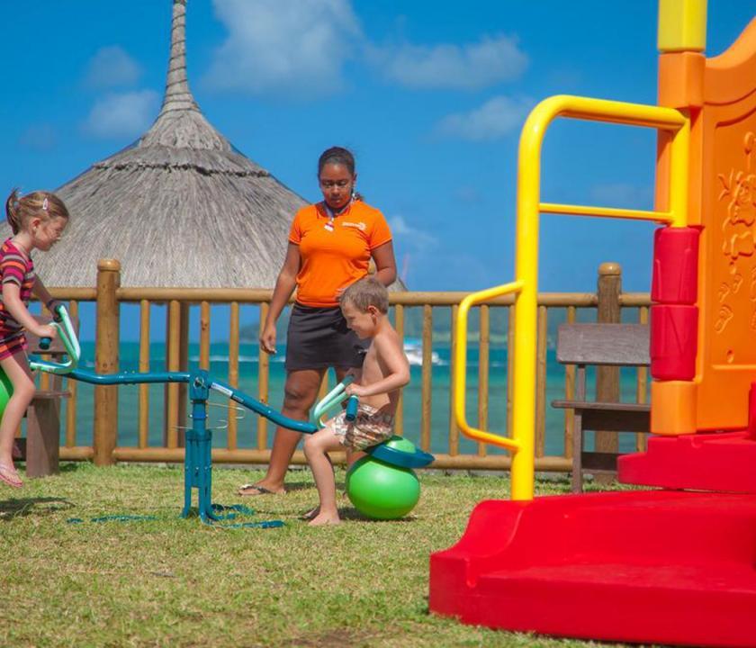 Laguna Beach Hotel & Spa - játszótér a gyerekeknek (Mauritiusi utazások)