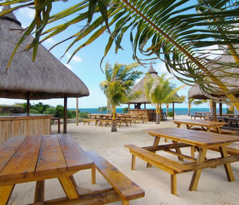 Laguna Beach Hotel & Spa - part (Mauritiusi utazások)