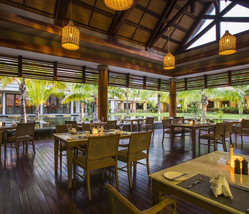 Maritim Crystals Beach Hotel - étterem (Mauritiusi utazások)