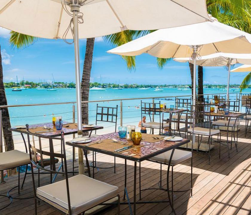 Mauricia Beachcomber Resort & Spa - étterem a teraszon (Mauritiusi utazások)