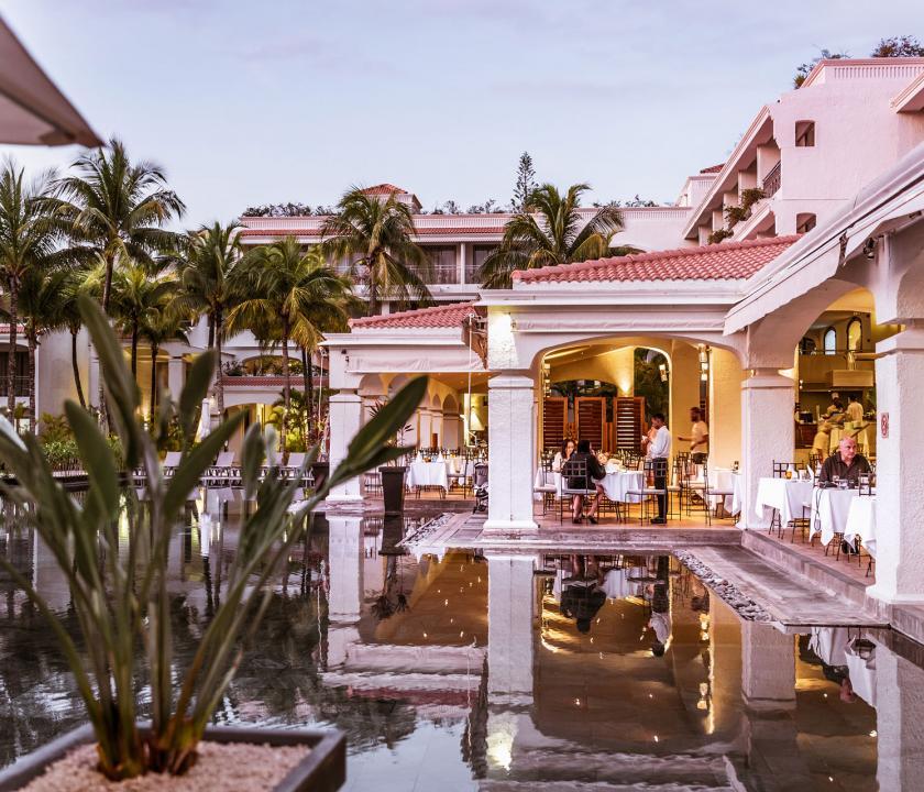 Mauricia Beachcomber Resort & Spa - a hotel kivülről (Mauritiusi utazások)