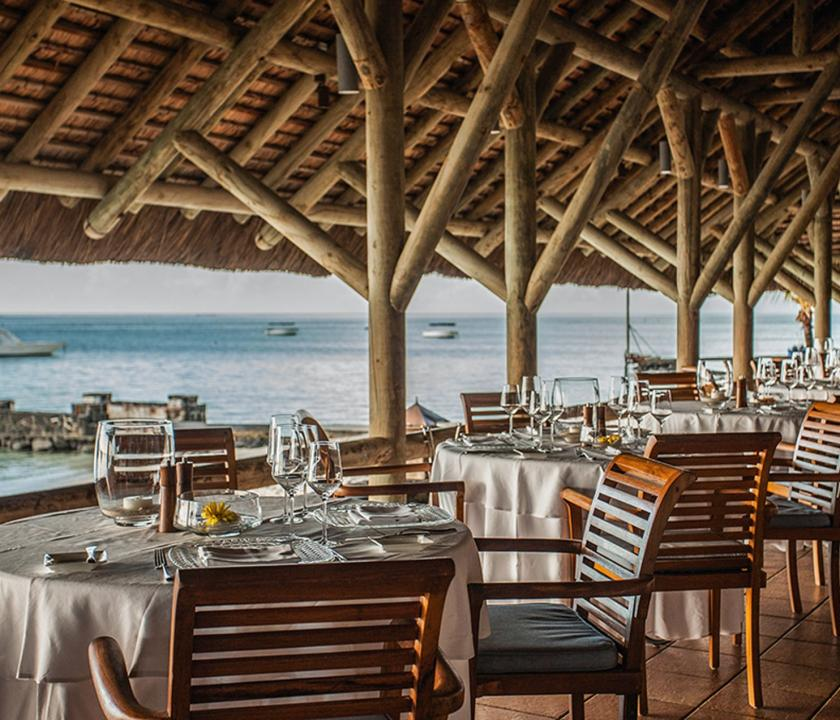 Paradis Beachcomber Golf Resort & Spa - étterem (Mauritiusi utazások)