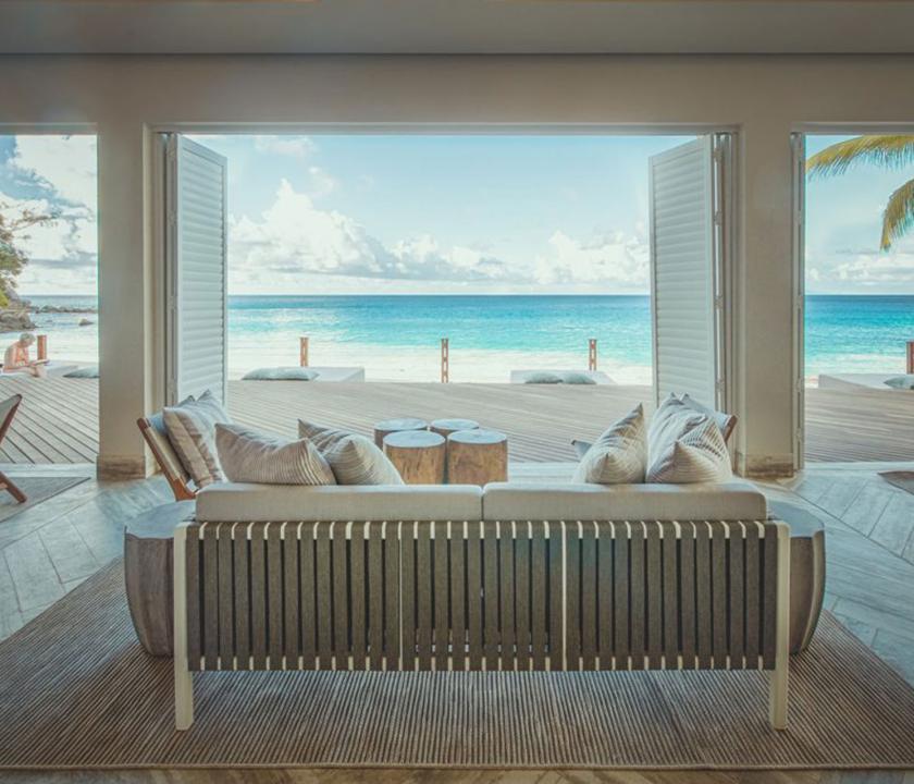 Carana Beach Hotel - kilátás a bárból (Seychelle szigeteki utazások)