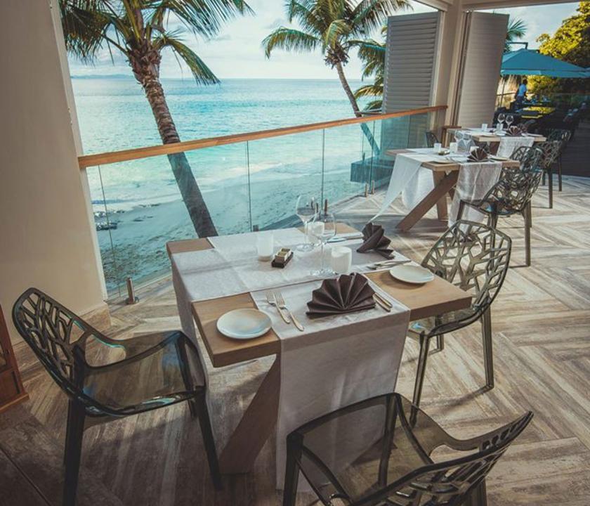 Carana Beach Hotel - étterem (Seychelle szigeteki utazások)