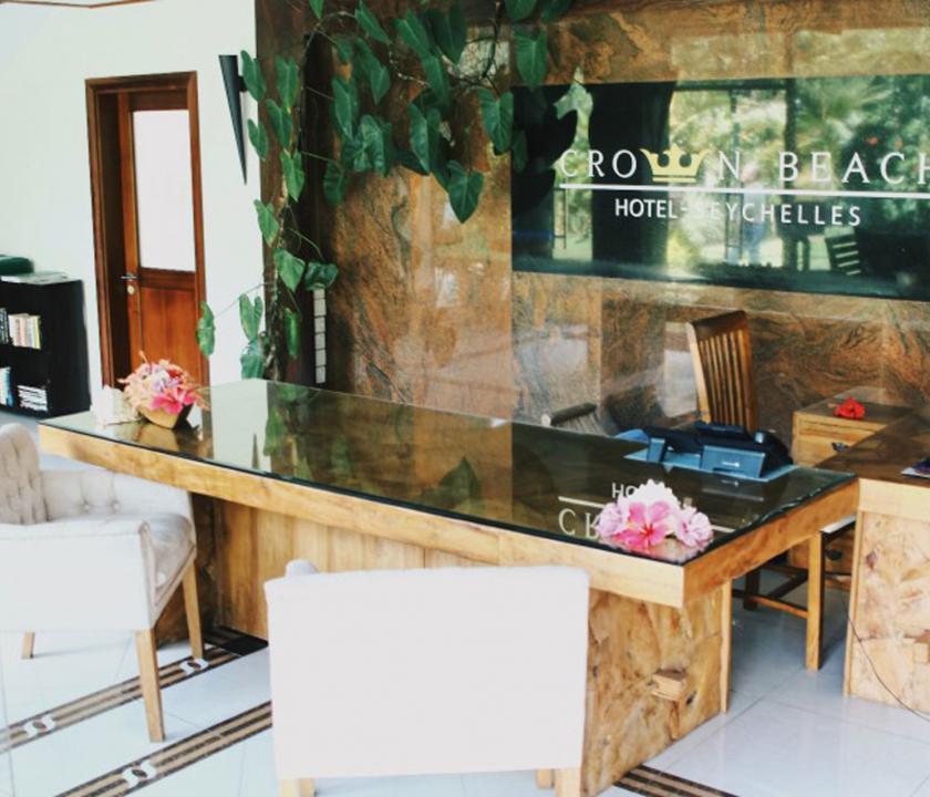 Crown Beach - recepció (Seychelle szigeteki utazások)