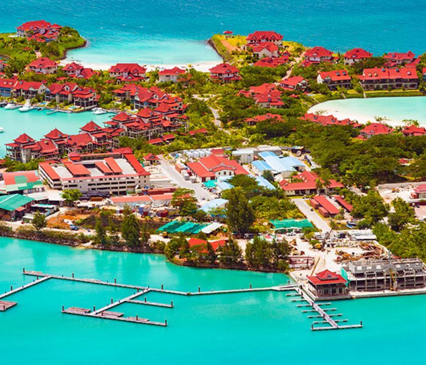 Savoy Resort & Spa - a hotel felülről (Seychelle szigeteki utazások)
