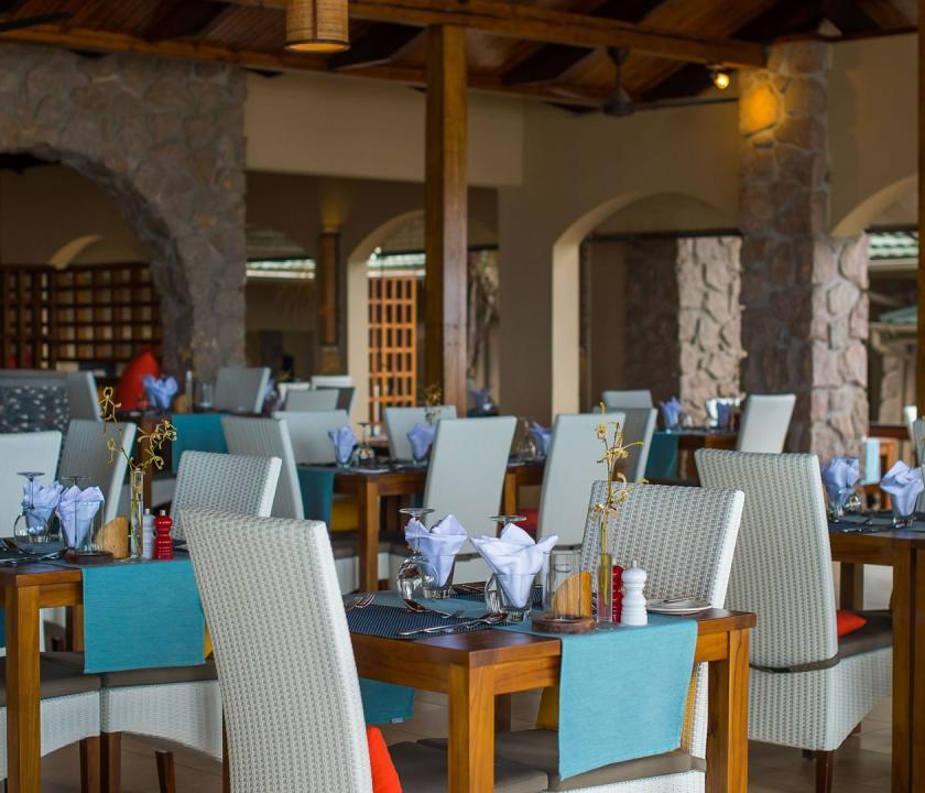 Coco de Mer Hotel & Black Parrot Suites - étterem (Seychelle szigeteki utazások)