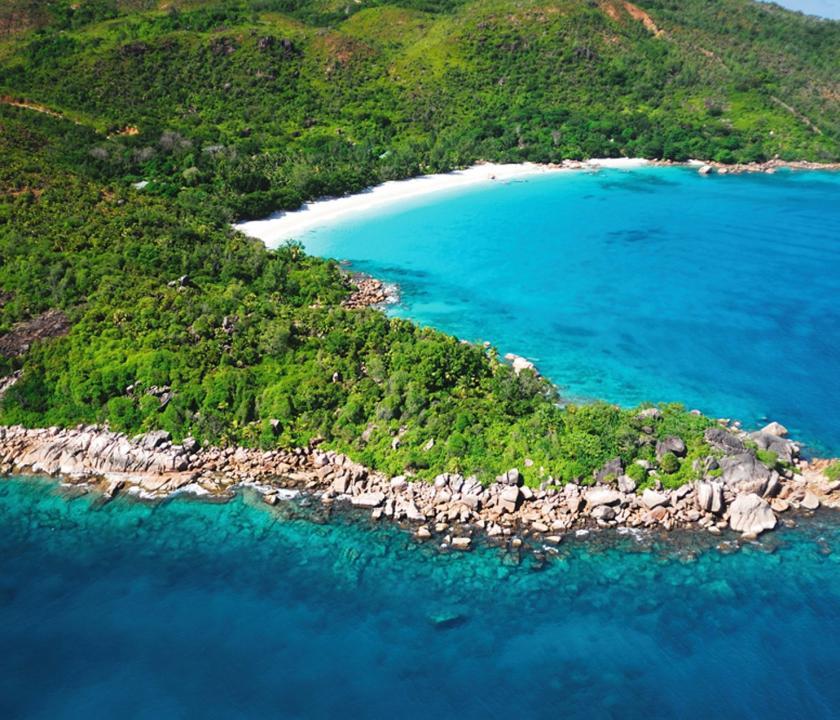 Indian Ocean Lodge - a sziget felülről (Seychelle szigeteki utazások)