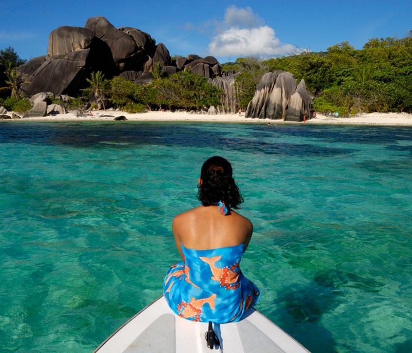 Indian Ocean Lodge - kirándulás hajóval (Seychelle szigeteki utazások)