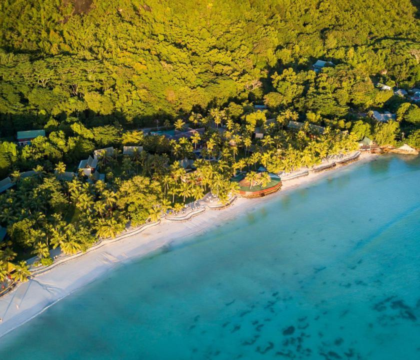 Paradise Sun Hotel - a hotel felülről (Seychelle szigeteki utazások)