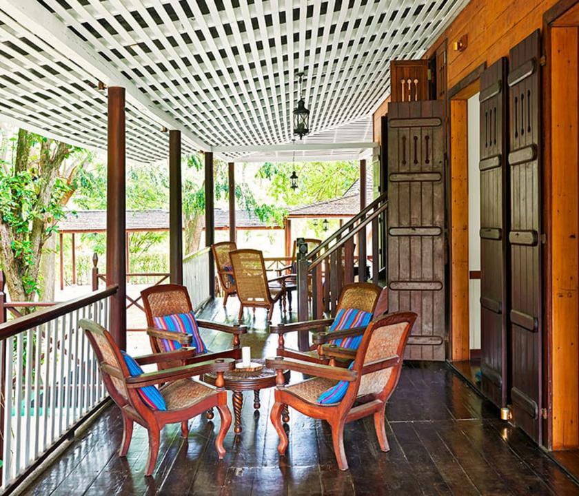 Hilton Seychelles Labriz Resort & Spa - terasz (Seychelle szigeteki utazások)