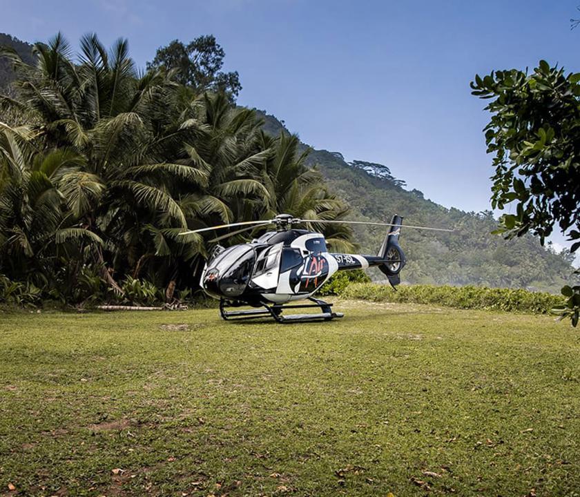 Hilton Seychelles Labriz Resort & Spa - kirándulás helikopterrel (Seychelle szigeteki utazások)