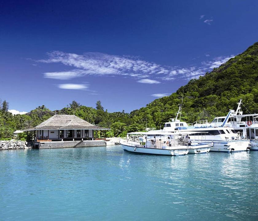 Hilton Seychelles Labriz Resort & Spa - kirándulás hajóval (Seychelle szigeteki utazások)