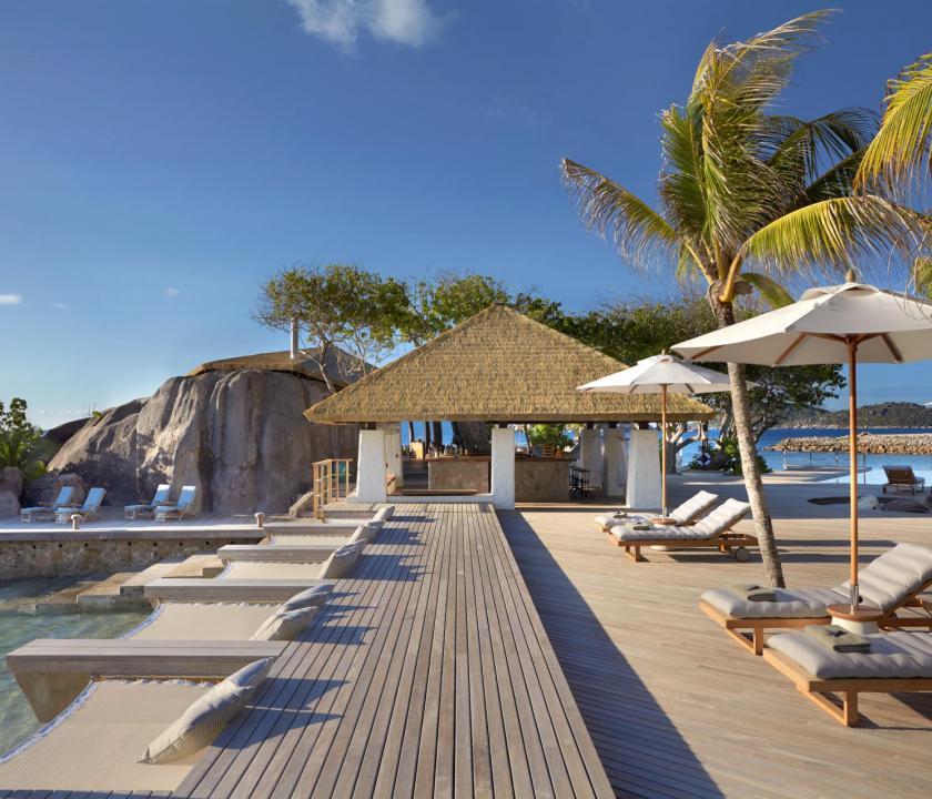 Six Senses Zil Pasyon Hotel - bár (Seychelle szigeteki utazások)