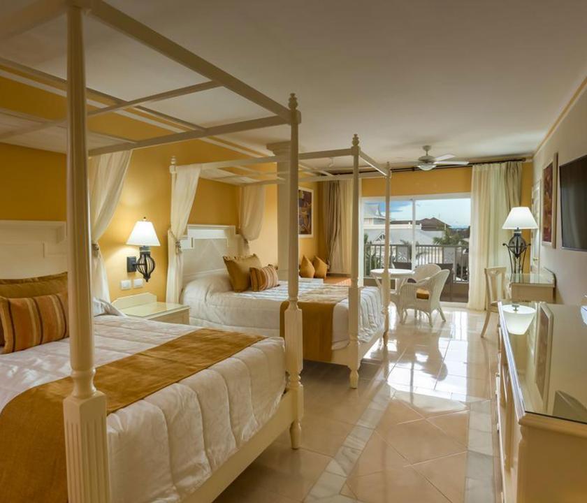 Bahia Principe Luxury Bouganville / Deluxe Junior suite Ocean front (Dominikai utazások)