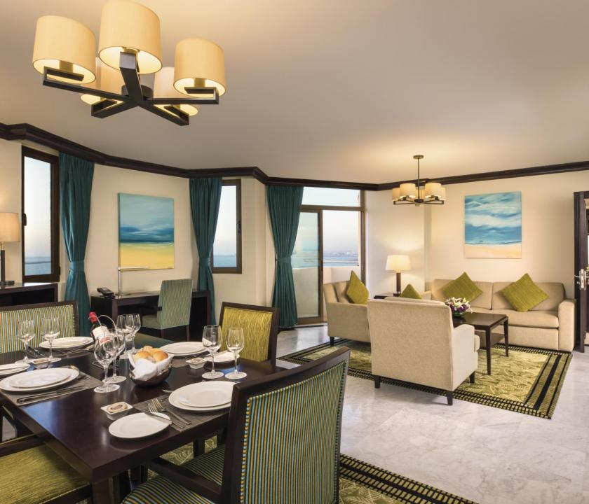 JA Beach Hotel / Premium one bedroom family suite (Dubai utazások)