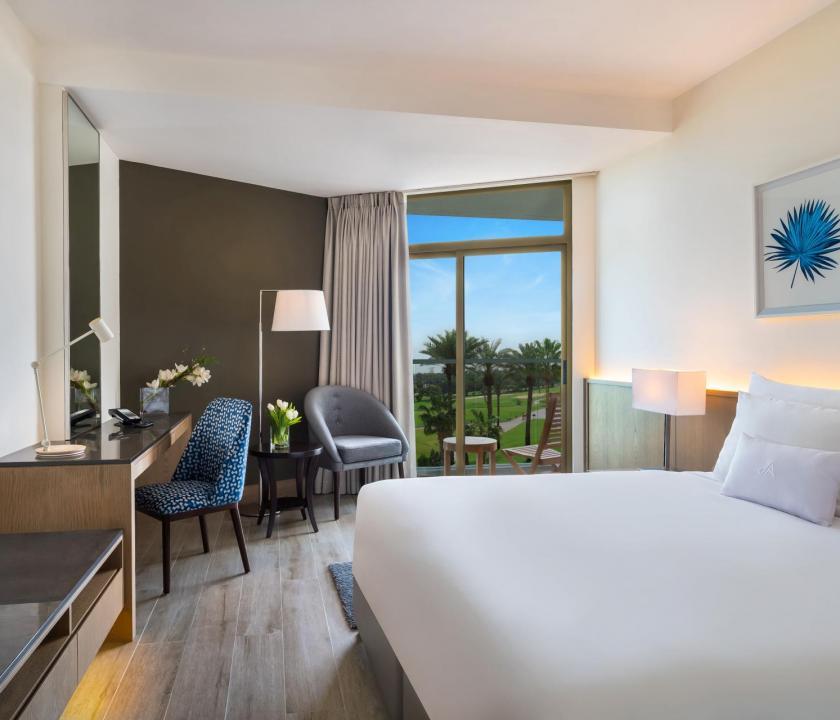 JA Beach Hotel / Seaview room (Dubai utazások)