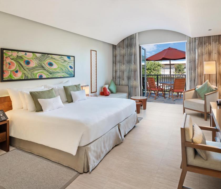 JA Palm Tree Court Hotel / Garden view junior suite (Dubai utazások)