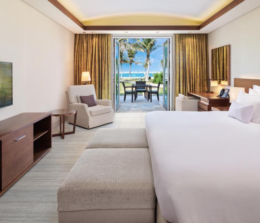 JA Palm Tree Court Hotel / Seaview residence junior suite (Dubai utazások)