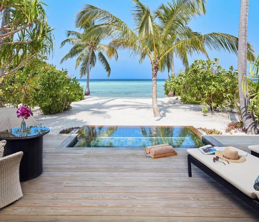 Amari Havodda Maldives / Sunset Beach Pool Villa (Maldív-szigeteki utazások)