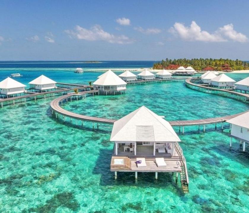 Diamonds Thudufushi / Jacuzzi Water Villa (Maldív-szigeteki utazások)
