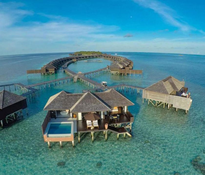 Lily Beach Resort & Spa / Sunset Water Suite (Maldív-szigeteki utazások)