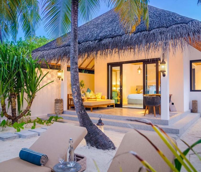 Seaside Finolhu / Beach Villa (Maldív-szigeteki utazások)